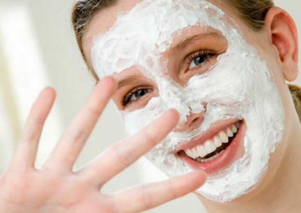 Как улучшить цвет лица с помощью масок?